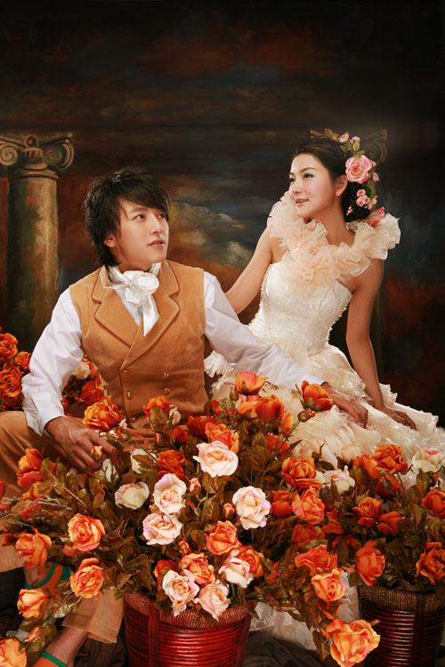 玫瑰恋人 | 作品欣赏 | 作品展示 | 珠海巴黎春天婚纱